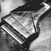 Rádio Whisperings Solo Piano Radio